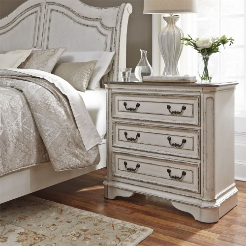 MAGNOLIA MANOR BEDSIDE CHEST