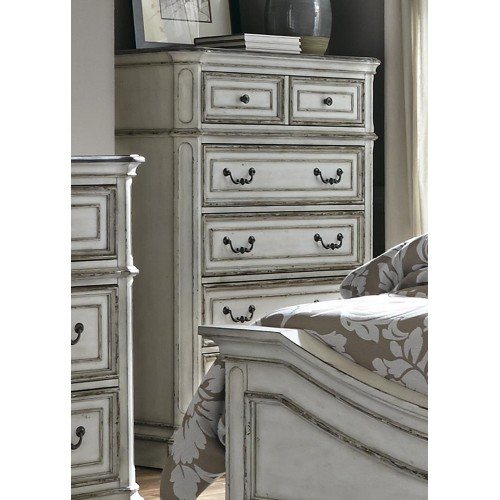 Magnolia Manor 5 Drawer Chest