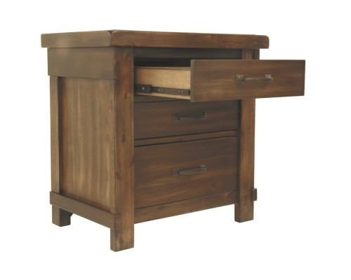 Lakeleigh Three Drawer Night Stand